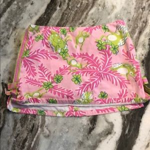 Lilly Pulitzer skirt size 4!